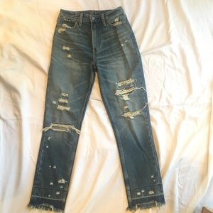 Abercrombie & Fitch Annie High Rise Mom Jean
